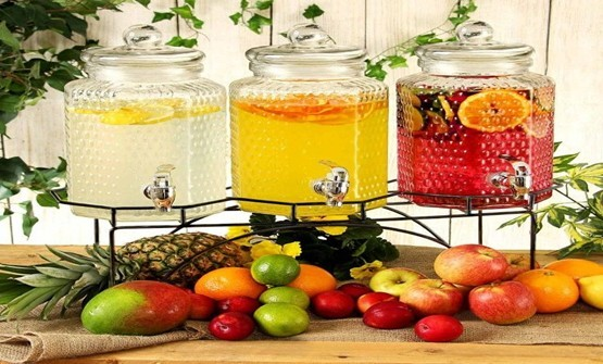 Which containers are best to store fresh juice