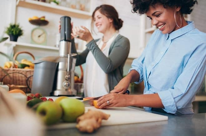 Best Juicers For Beginners: Which Should You Buy?